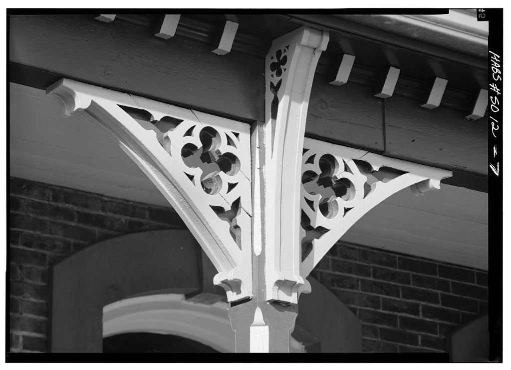 A Steamboat Gothic porch bracket on the Austin-Whittemore House.