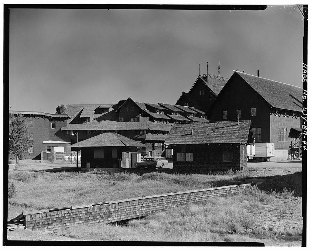 Rear exterior view of Yellowstone's Old Faithful Inn.