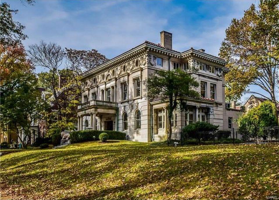 Portland Place St Louis Missouri House Tour