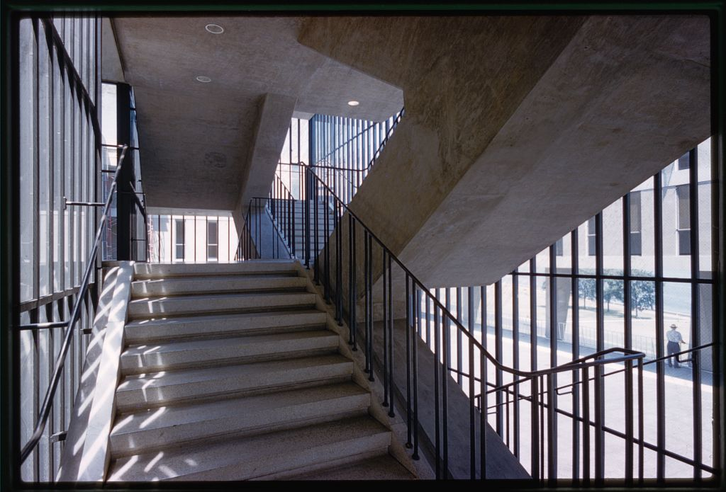Brutalist flying staircase at the Milwaukee County Art Museum.