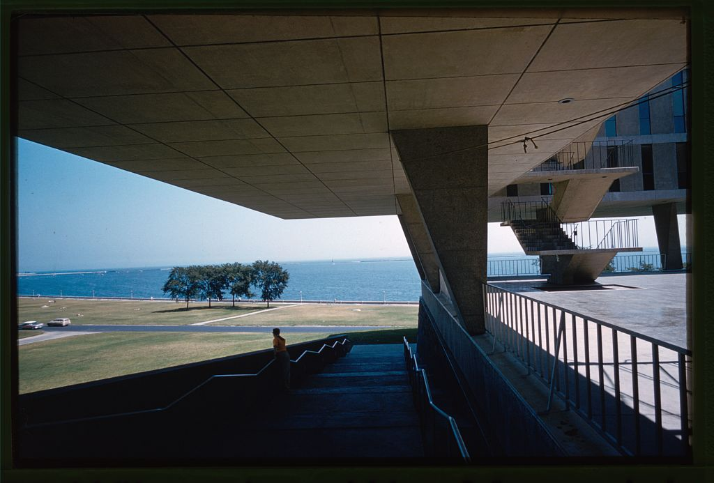 Brutalist cantilever at the Milwaukee County Art Museum.