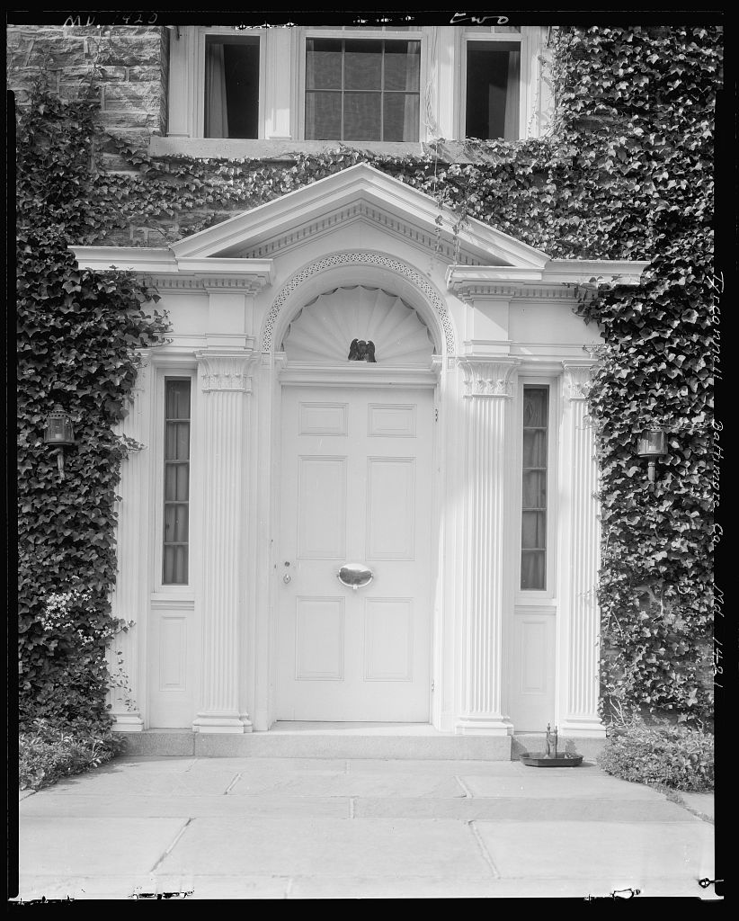 Ivy covered Georgian style doorway of Baltimore's Tyrconnell House