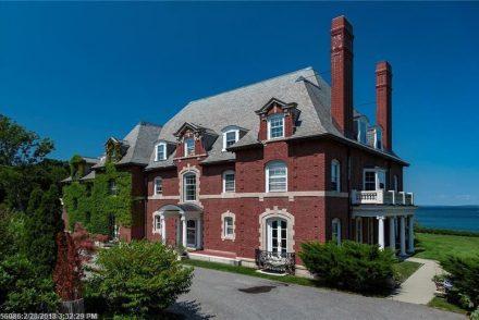 Historic Bar Harbor Mansion House (1)
